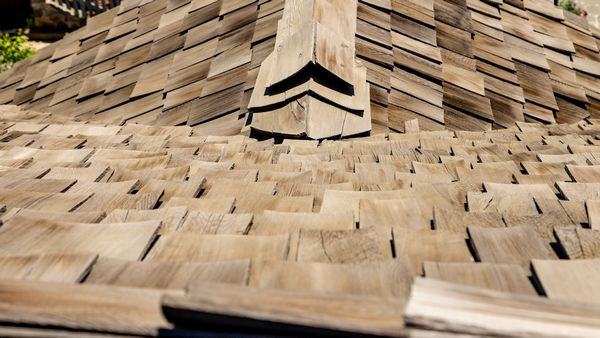 Cedar-Shake-Shingles-Maple-Valley-WA