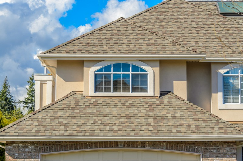 Shake-Roof-Cleaner-Maple-Valley-WA
